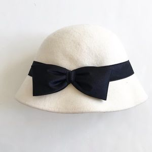 Gymboree white 100% wool big bow hat EUC 12-24m